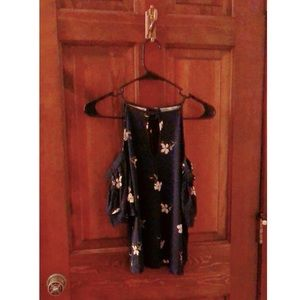 NWT American Eagle Floral Print Top